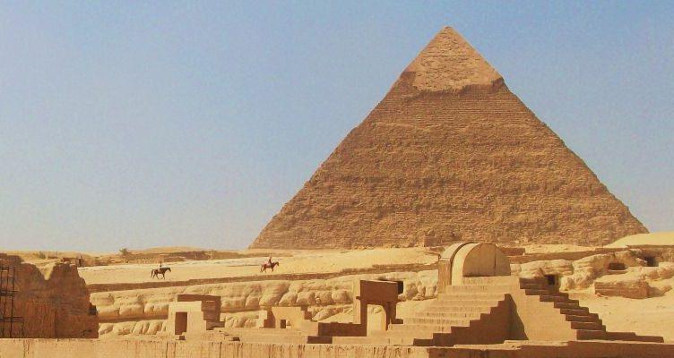 pirámide más grande de Egipto