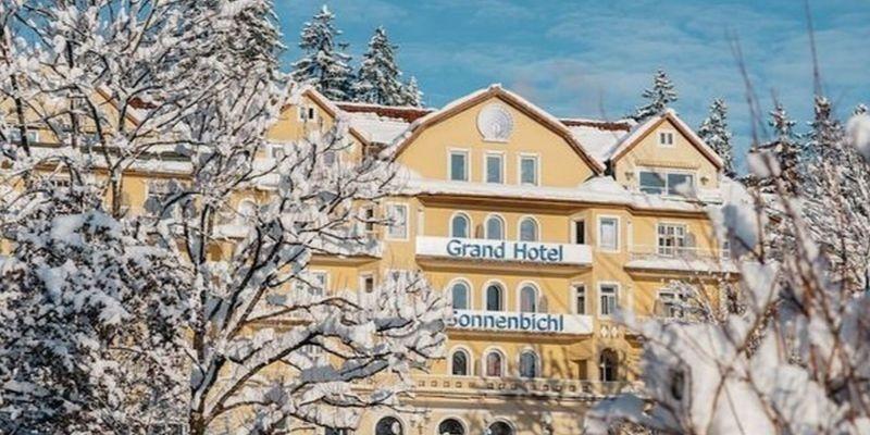 El confinamiento del rey de Tailandia en un hotel de lujo de los Alpes