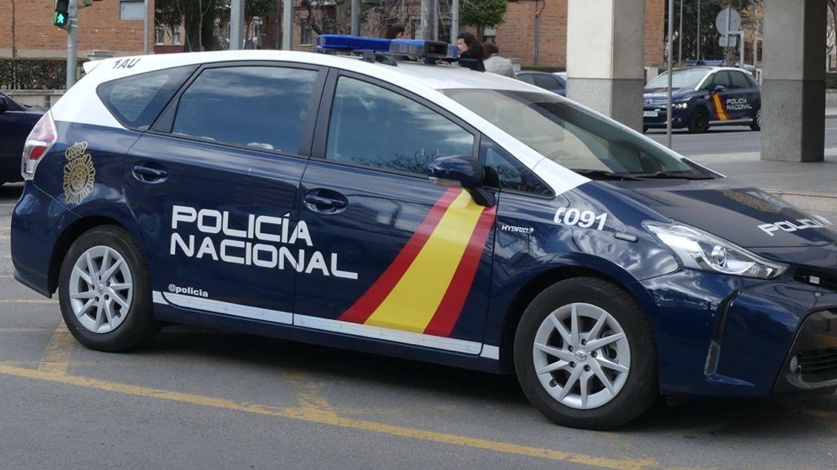 La Policía Nacional detiene a una pareja en Alcoy por presunto maltrato a su bebé de tres meses