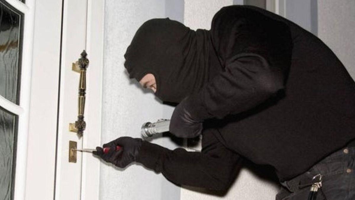 5 consejos clave para evitar robos en casa mientras estás de vacaciones